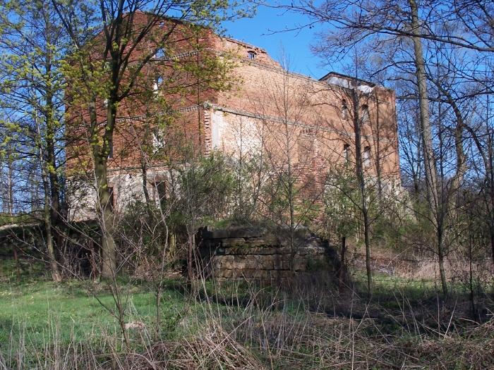 Ruiny dawnego młynu